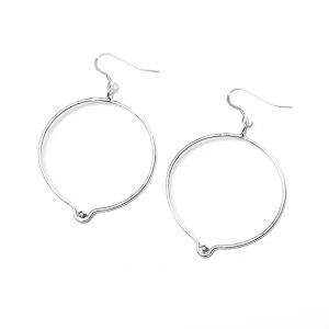 hidden_orbicular_earrings